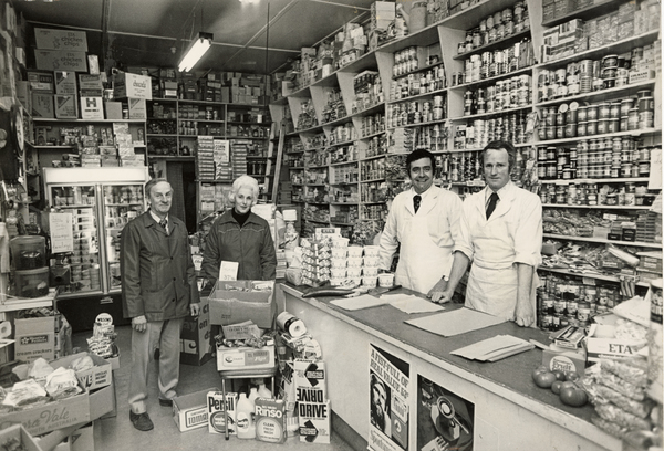 Stan Johnson's grocer shop, Colombo Street