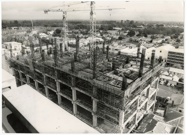 Construction of the postal centre