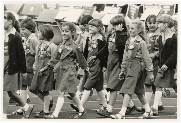 Brownies marching for the Queen