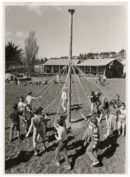 Christchurch Rudolf Steiner School maypole dance