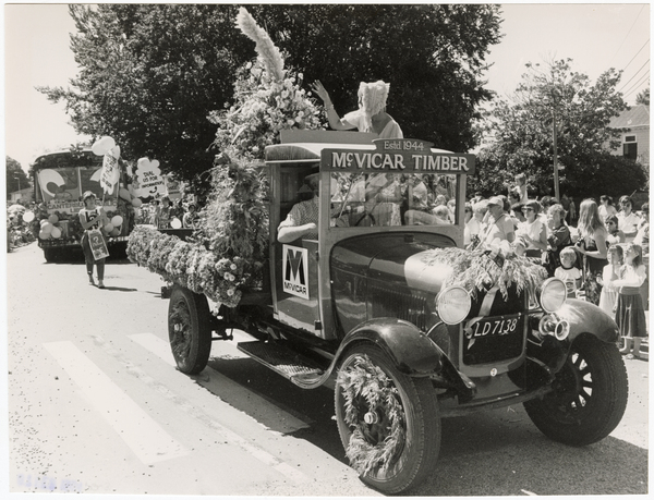 Vintage truck in Christchurch Festival Floral Parade
