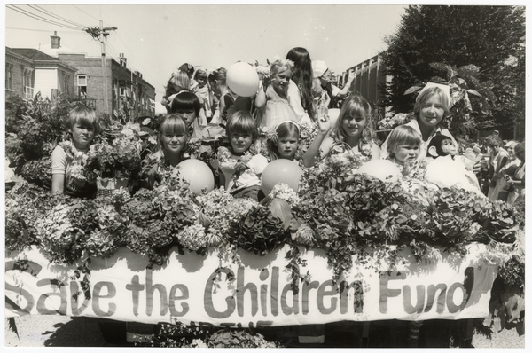 Save the Children Floral parade float