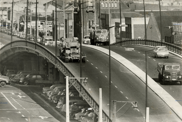 Colombo Street overhead bridge