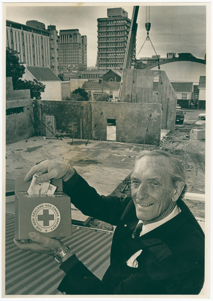 Cran Hearn with a Red Cross collection box