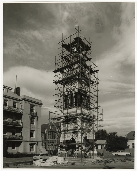 Restoration of the Victoria Street jubilee clock