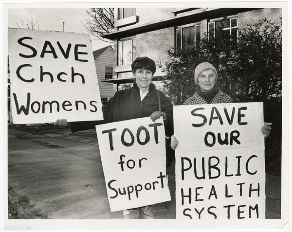 Protest against the closure of Christchurch Womens Hospital