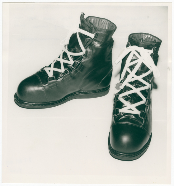 High altitude boots