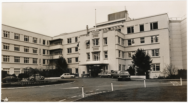 Christchurch Women's Hospital, Colombo Street