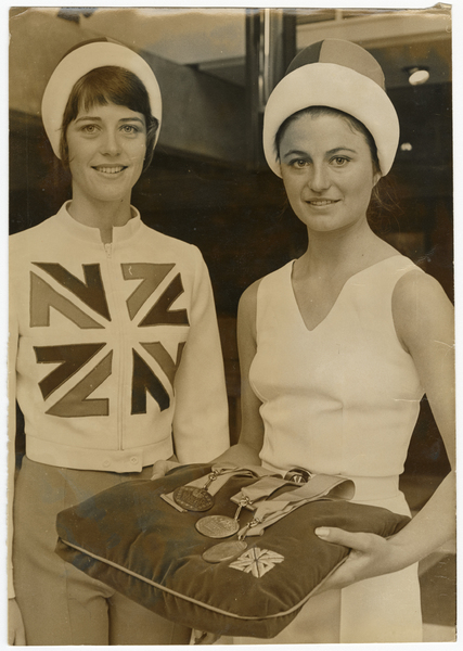 Victory hostess outfits, Christchurch Commonwealth Games