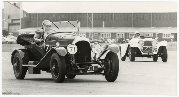 Bentley in a car race at Wigram