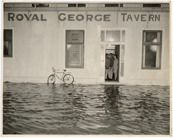 Flooding outside the Royal George Tavern