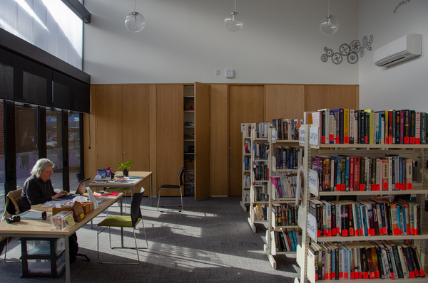 Woolston Community Library