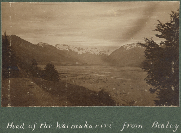 Head of the Waimakariri River from Bealey