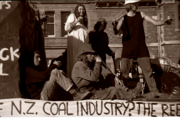 N.Z. Coal Industry float