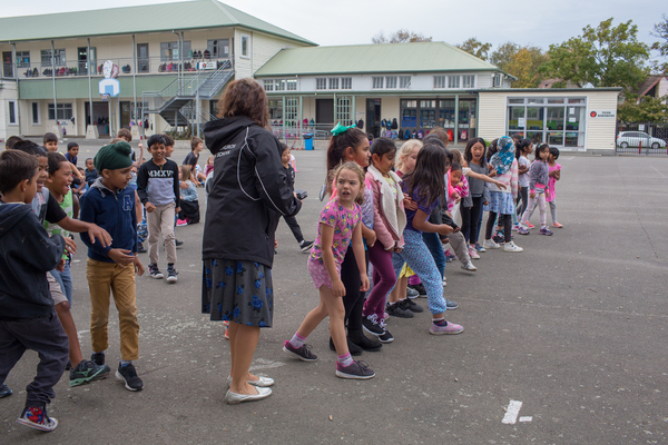 Junior school practising for cross-country, Christchurch East School