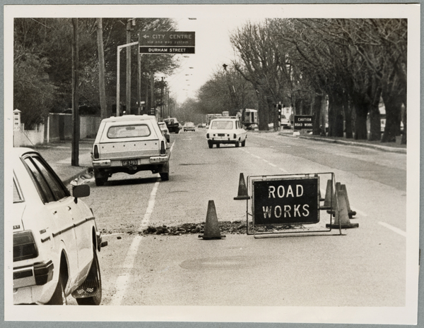 Bealey Avenue road works
