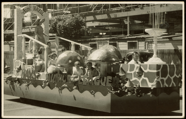 Hay's Junior League float [1950]