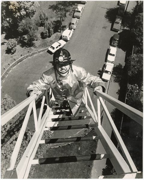 Climbing a turntable ladder