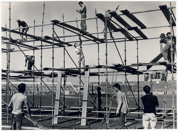 Image of Scaffolding for Dire Straits concert at Lancaster Park