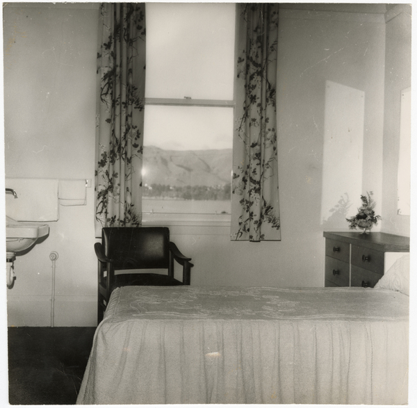 Bedroom at Cressy House