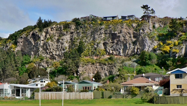 Redcliffs Park and houses
