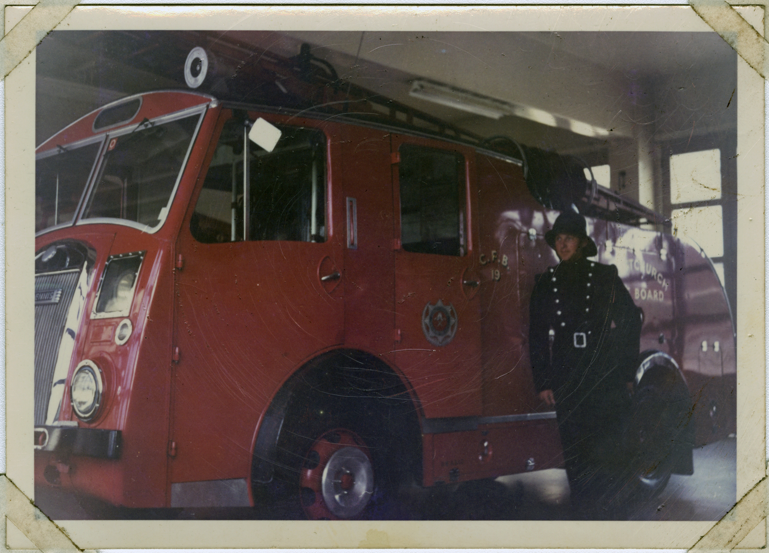 Fire engine at the Central Fire Station. 29 October 1964. Christchurch City Libraries Photo Hunt. CC BY-NC-ND 4.0. CCL-PH20-075