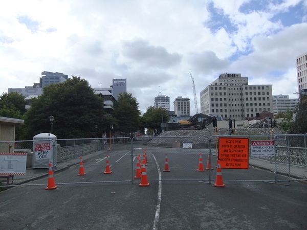 View from the Red Zone cordon at Gloucester Street bridge