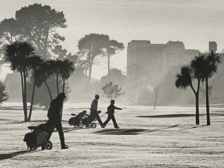 Image of playing golf on a frosty morning